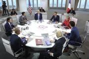 Die Staatschefs der wichtigsten westlichen Industrienationen am runden Tisch vereint. (Bild: Markus Schreiber/AP, Biarritz, 25. August 2019)