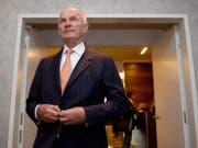 Der langjährige VW-Vorstands- und Aufsichtsratschef Ferdinand Piëch - hier auf einer Aufnahme aus dem Jahr 2012 - ist 82-jährig gestorben. (Bild: KEYSTONE/EPA/MARIJAN MURAT)
