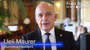 Prominenter Wahlkämpfer: Ueli Maurer empfiehlt Franz Grüter. (Bild: Screenshot chm)