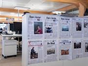 Beim Medienkonzern Tamedia bleibt das Geschäft mit gedruckten publizistischen Zeitungen und Zeitschriften unter Druck. (Bild: KEYSTONE/GAETAN BALLY)