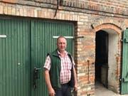 Jens Schreinecke ist Chef des Kreisbauernverbandes Potsdam-Mittelmark. Er sagt: «Hier gehören einfach einige Wolfsrudel abgeschossen.» (Bild: Christoph Reichmuth)