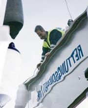 Meist schleppt die Seerettung Rorschach fahruntüchtige Boote ab.Bild: Mareycke Frehner