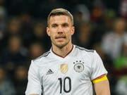 Lukas Podolski könnte bei Olympia in Tokio nochmals für Deutschland auflaufen (Bild: KEYSTONE/EPA/RONALD WITTEK)