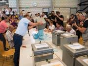 Die Abstimmung von Juni 2017 in Moutier lief nicht korrekt ab, urteilt das bernische Verwaltungsgericht. (Bild: KEYSTONE/JEAN-CHRISTOPHE BOTT)