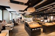 Das neurenovierte Coop Restaurant an der Rössligasse in Luzern. (Bild: Eveline Beerkircher; Luzern, 28. August 2019)