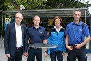 Sie nehmen an den Sicherheitskafis teil: Martin Merki (Stadtrat), Fabian Castilla (Feuerwehr), Christina Rubin (SIP) und Philipp Sigrist (Luzerner Polizei). (Bild: Stadt Luzern)