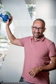 Nick Christen, CEO des HC Kriens-Luzern in der Krauer Halle. (Bild: Nadia Schärli, Kriens, 29. August 2019)