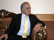 US-Chefunterhändler Zalmay Khalilzad ist für die Gespräche nach Doha geflogen. (Bild: Keystone/EPA/ALI ABBAS)