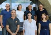 Setzen sich für eine nachhaltige Umwelt ein; hinten von links: Fabian Tresch, Luzia Gisler-Wenk, Peter Arnold und Peter Gisler; vorne von links: Kurt Gisler, Miriam Christen-Zarri und Corinne Salzmann. (Bild: PD)