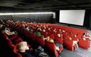 Der Filmgenuss im Zuger «Seehof» ist immer wieder ein besonderes Vergnügen.(Bild Stefan Kaiser, 9. November 2016)