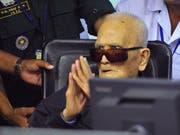 Hart, bullig, uneinsichtig: Der am Sonntag 93-jährig gestorbene Nuon Chea vor dem Sondertribunal in Phnom Penh. (Bild: KEYSTONE/AP Extraordinary Chambers In The Courts/MARK PETERS)