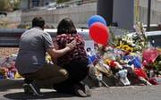 Es war das blutigste Wochenende in den USA dieses Jahr: 29 Menschen kamen bei zwei Amokläufen ums Leben. (Bild: Keystone)