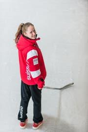 Oona Emmenegger, sie hat an den olympischen Jugendspielen 2016 in Lillehammer mit dem Schweizer Eishockey Team die Bronzemedaille gewonnen. Bild: Roger Grütter