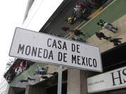 Bei einem Überfall auf eine Filiale der Münzstätte Casa de Moneda in Mexiko haben Unbekannte Goldmünzen und Uhren im Wert von umgerechnet rund 2,5 Millionen Franken erbeutet. (Bild: KEYSTONE/EPA EFE/MARIO GUZMAN)