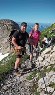 Für Luzia Hunziker-Neff erfüllte sich ein Traum. Sie war einen Tag mit dem Wegmacher des Alpsteins, Patric Hautle, unterwegs. (Bilder: PD)