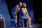 Neonazi Adam (Rolf Studerus) konfrontiert Dorfpfarrerin Ivana (Vroni Gubler) mit ihrer Vergangenheit. (Bild: Rudolf Steiner)
