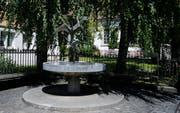 Zum Gedenken an den ersten «Wilägerer» Pfarrer: Maria Luisa Wigets Fliegauf-Brunnen. (Bild: Stefan Kaiser, Unterägeri, 9. August 2019)