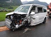 Beide Fahrzeuge erlitten Totalschaden. (Bild: Kantonspolizei Nidwalden)