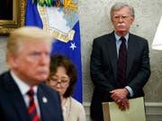 US-Präsident Donald Trump hat den nationalen Sicherheitsberater John Bolton entlassen. (Bild: KEYSTONE/AP/EVAN VUCCI)