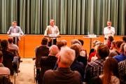 Michael Aebisegger, Andreas Graf und Roger Keller (v.l.) stellen sich beim Wahlpodium den Fragen. (Bild: Rudolf Hirtl)