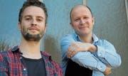 «Am Grund» heisst das neue, zweite Album der Ostschweizer Jazzmusiker Fabian M. Mueller (links) und Reto Suhner. Bild: PD