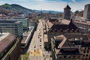 Die St.-Leonhard-Strasse wird in mehreren Etappen umgestaltet. Am Freitag beginnt die erste. (Bild: Benjamin Manser- 20. April 2018)