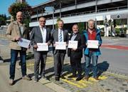 Christian Oertle, Hans Hagmann, Mathias Steinhauer, Marco Sessa und Peter Federer vom Komitee «Pro Bahnhof Herisau». (Bild: Karin Erni)