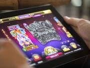 Die Blockierung der ausländischen Glücksspielseiten hat vorerst noch nicht funktioniert. (Bild: Keystone/GAETAN BALLY)