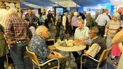 Der Anlass «60 und mehr» lockte gestern Seniorinnen und Senioren an die Wiga.
