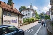 Das Quartier ärgert sich über den Durchfahrtsverkehr auf der Singenbergstrasse. (Bild: Urs Bucher)