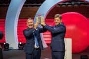 Nominiert: Verwaltungsratspräsident Christoph Meyer (rechts) und CEO Tobias Meyer vom Luzerner Lüftungsspezialisten Seven-Air, hier beim Empfang des Prix SVC Zentralschweiz 2018 im KKL Luzern. (Bild: Dominik Wunderli, 12. Juni 2018)