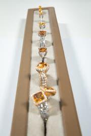 Nur der kleinere Teil der Diamanten, die im Labor bei Biel produziert werden, wird zu klassischen Schmuckstücken verarbeitet. (Bild: Chris Iseli)