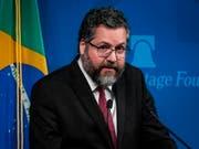 «Moralisches Pendant zum Krieg»: der brasilianische Aussenminister Ernesto Araújo kritisiert die gegenwärtige weltweite Klimadebatte. (Bild: KEYSTONE/EPA/PETE MAROVICH)