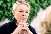 Miss Tagesschau: Katja Stauber, 57, moderiert seit fast dreissig Jahren die Hauptausgabe des Schweizer Fernsehens. Bild: SRF