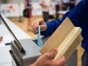 Ein Oberwalliser beging bei den Grossratswahlen 2017 Wahlbetrug. Die CSP Oberwallis sah sich um einen Sitz zu Gunsten der SVP betrogen. Das Kantonsparlament will keine Nachzählung. (Bild: KEYSTONE/JEAN-CHRISTOPHE BOTT)