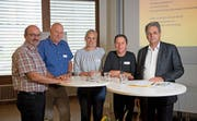 Die Podiumsteilnehmer (von links): Marino Bosoppi, Walter Wyrsch (Leitung), Susanne Mattle, Elsbeth Weissmüller und Michael Schäfle. (Bild: Corinne Glanzmann, Stans, 11.September 2019)