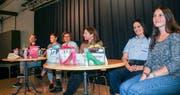 Nicole Zaugg, Lea Fässler, Marion Loher, Regula Bührer Fecker, Rahel Egli und Meret Limacher. (Bild: Trudi Krieg)