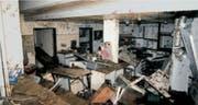 Das Spitallabor – ein Bild der Zerstörung. (Bild: Kantonale Wasserbaufachstelle)