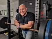Jérome Wittwer kann das 1,8-fache seines Körpergewichts stemmen. (Bild: Martina Eggenberger)