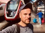 watson-Reporter Adrian Müller auf Testfahrt mit dem FV-Dosto. (Bild: watson)