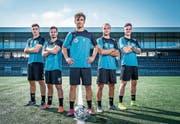 Aus dem FC-Zürich-Nachwuchs, aber in Diensten des FC Wil: Filip Stojilkovic, Kastrijot Ndau, Lindrit Kamberi, Bledian Krasniqi und Fabian Rohner (von links). Bild: Urs Bucher (Wil, 11. September 2019)