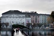 Das Luzerner Theater ist einer der Betriebe, die Geld von Stadt und Kanton erhalten. (Bild: Corinne Glanzmann, Luzern, 29. November 2018)