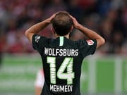 Admir Mehmedi lässt mit Wolfsburg die Gelegenheit auf den Sprung an die Tabellenspitze aus (Bild: KEYSTONE/EPA/FRIEDEMANN VOGEL)