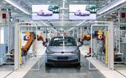 Volkswagen-Werk in Zwickau: Wo früher Trabis vom Band rollten, werden heute moderne E-Autos gebaut. (Bild: Oliver Killig, 30.August 2019)