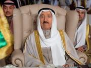 Gesundheitliche Probleme: der 90-jährige Emir von Kuwait, Scheich Sabah al-Ahmad al-Sabah. (Bild: KEYSTONE/AP Pool AFP/FETHI BELAID)