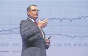 Erhöht die Nationalbank die Negativzinsen? Direktor Thomas Jordan gibt den Entscheid nächste Woche bekannt (Bild: Alex Spichale)