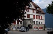 Die Kilbi in Attinghausen findet bei schönem Wetter auf dem Schulhausplatz statt. (Bild: Corinne Glanzmann, 10. Juli 2018)