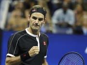 Roger Federer vertritt die Schweiz im Januar zusammen mit Henri Laaksonen am ATP Cup (Bild: KEYSTONE/EPA/JASON SZENES)