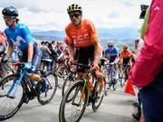 Greg van Avermaet (oranges Trikot), im Bild während der Tour de Suisse diesen Sommer, gewann in Montreal das erste World-Tour-Rennen seit über zwei Jahren (Bild: KEYSTONE/GIAN EHRENZELLER)