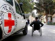 Nachdem die Taliban ein Mitte April 2019 ausgesprochenes Tätigkeitsverbot aufhoben, hat das Internationale Komitee vom Roten Kreuz (IKRK) seine Arbeit in Afghanistan wieder aufgenommen. (Bild: KEYSTONE/EPA/JAWAD JALALI)